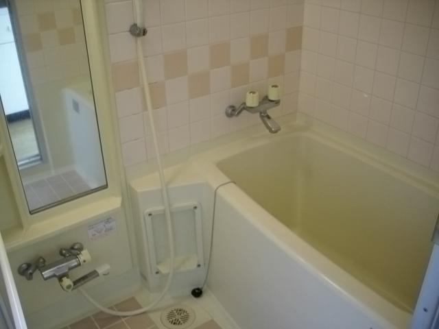 吉成荘 201号室の風呂