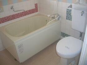 鈴鹿コーポ 2D号室の風呂
