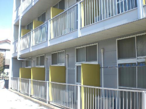 レオパレスグルワール 303号室のバルコニー