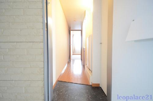 レオパレスグルワール 306号室の居室