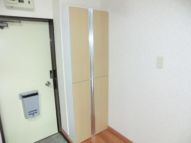 レインボー上砂 205号室の玄関