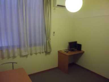 レオパレス光草 201号室のリビング
