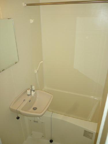 レオパレス光草 201号室の風呂