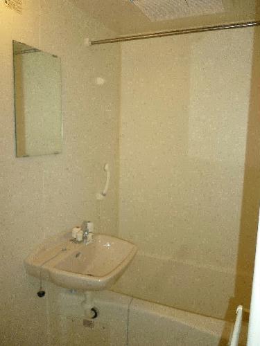 レオパレスムサシ 202号室のトイレ