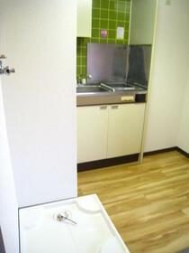 スカイコート東白楽 304号室のキッチン