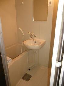 ファミール 102号室の風呂