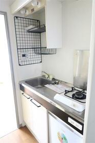 エスポワール岸根公園(キシネコウエン) 203号室のキッチン