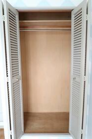 エスポワール岸根公園(キシネコウエン) 203号室の収納