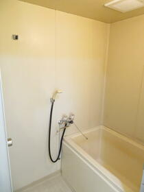 ガーデンハイツいわなみ 106号室の風呂