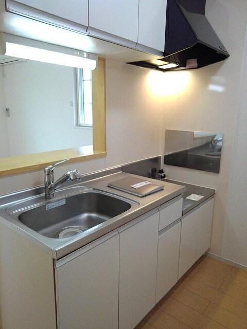 メゾン セレノ 02040号室のキッチン