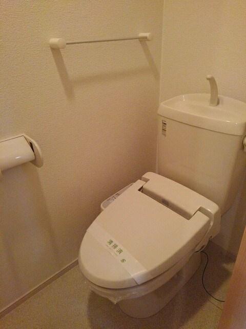 メゾン セレノ 02040号室のトイレ