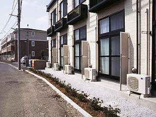 レオパレスハーモニー 101号室のバルコニー