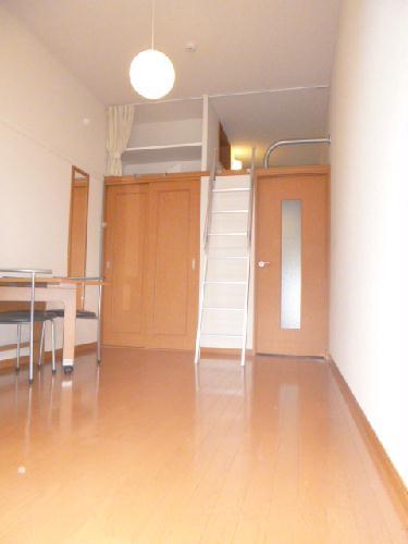 レオパレスハーモニー 101号室の収納
