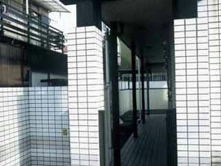 レオパレス西原 203号室のロビー