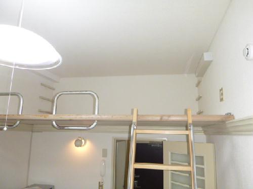 レオパレス西原 203号室の収納