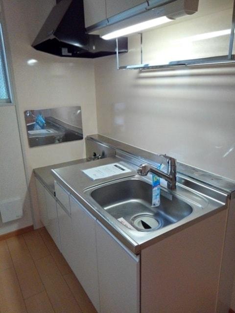 ジュネスコーポ 01040号室のキッチン