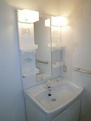 ジュネスコーポ 01040号室の洗面所