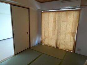 フェリースオオイシ 301号室の居室