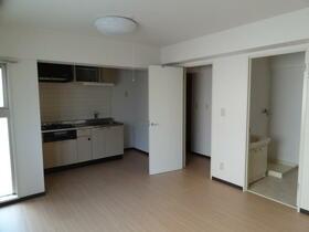 フェリースオオイシ 301号室のキッチン