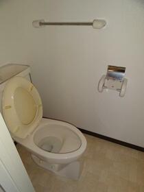 フェリースオオイシ 301号室のトイレ