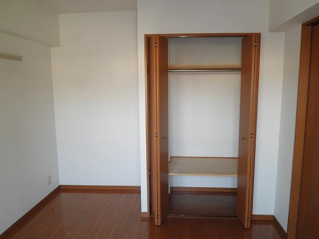 ルネス木嶋 302号室の収納