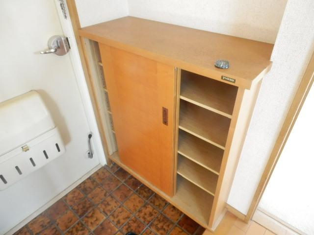 シュロス京南 301号室の収納
