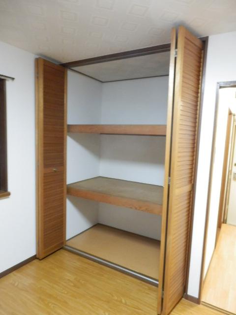 アブニール大森 101号室の収納