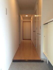 サンヒルズヨコハマ 304号室の玄関