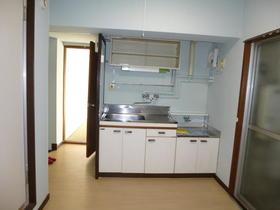 進陽マンション 402号室のキッチン
