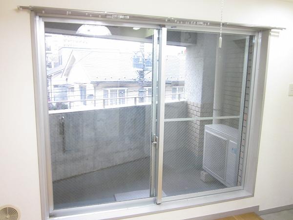 トーレタケダ 205号室のバルコニー