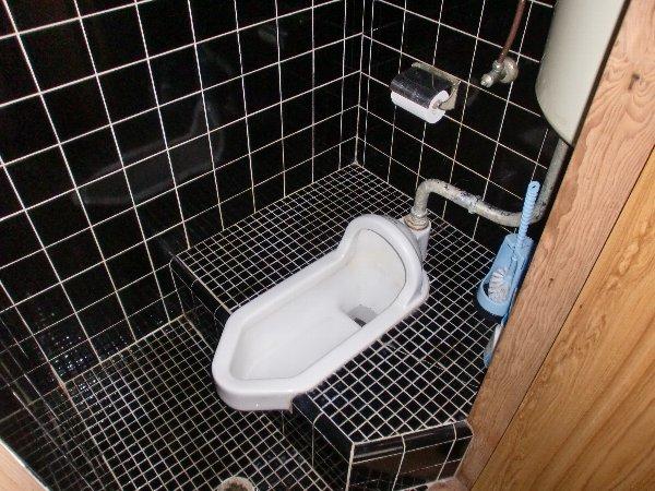 第3メキシコ荘 107号室のトイレ