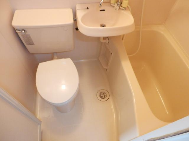 第11シンエイハイム 305号室の風呂