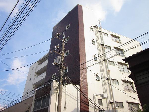 長岡マンション外観写真