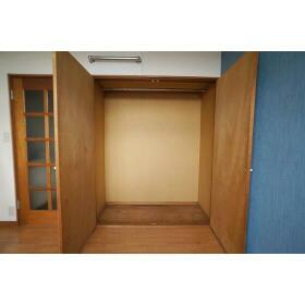 パールハイツ B202号室の収納