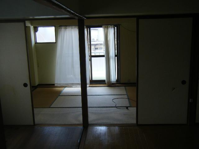 白容荘 2A号室のリビング