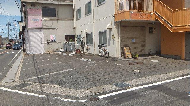 池ノ島ビル 3号室の駐車場