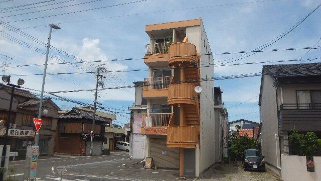 池ノ島ビル 3号室の外観