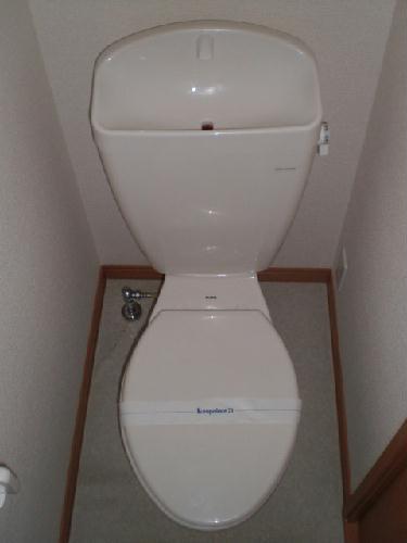 レオパレスソルジェンテ 204号室のトイレ