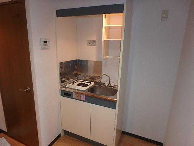 サンライズ高畑 303号室のキッチン