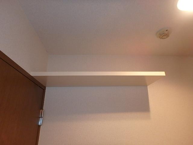 サンライズ高畑 303号室の収納