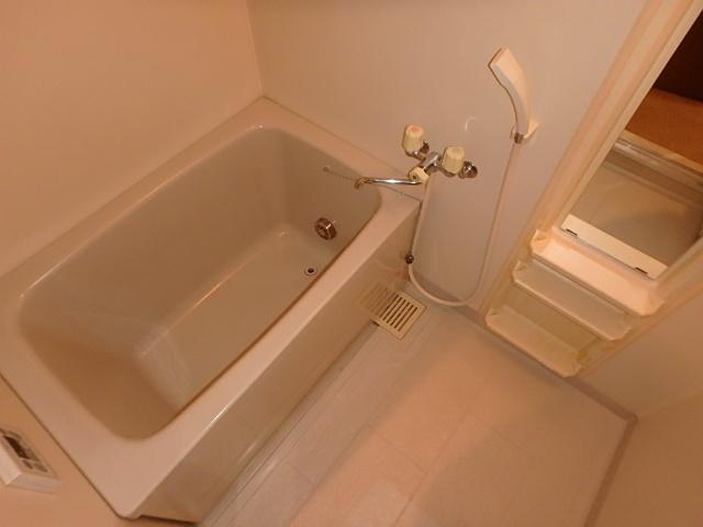 サンライズ高畑 303号室の風呂