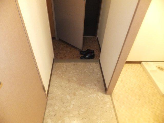 グランデージ則武 902号室の玄関