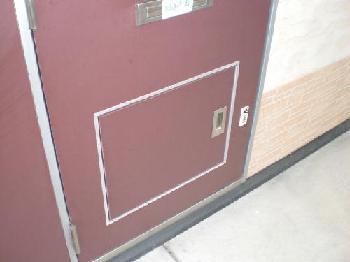 レオパレスソルジェンテ 202号室の玄関