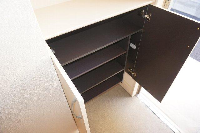 グランディールJ 102号室の設備