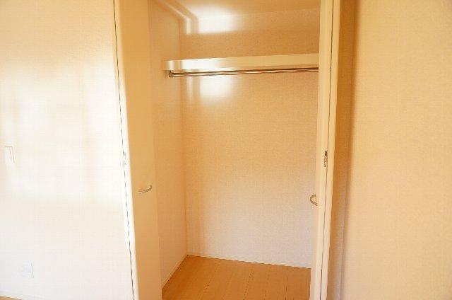 グランディールJ 102号室の収納