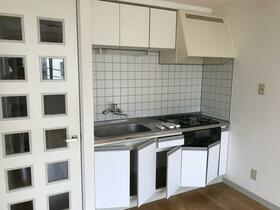 宮坂ビル 301号室のキッチン