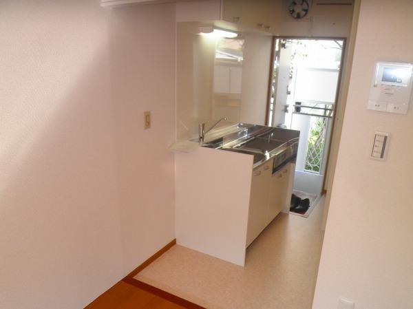 ハイツ寺尾 102号室のキッチン