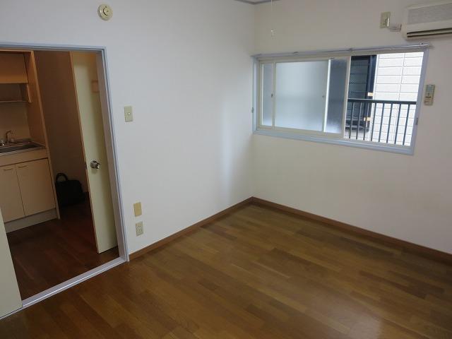 第二ローレルハイツ大岡山 101号室のベッドルーム