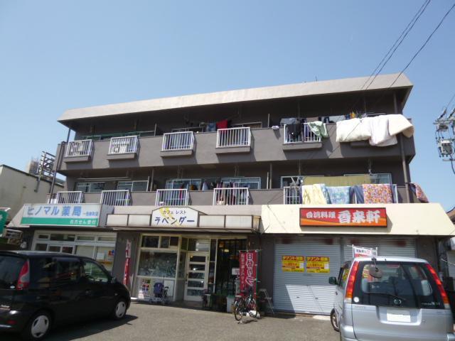 西川マンションの外観