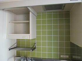 ラ・レジダンス・ド・ノーブル 504号室のキッチン